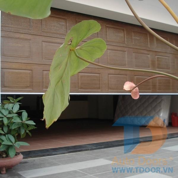 Cửa cuốn trượt trần gara ô tô Overhead